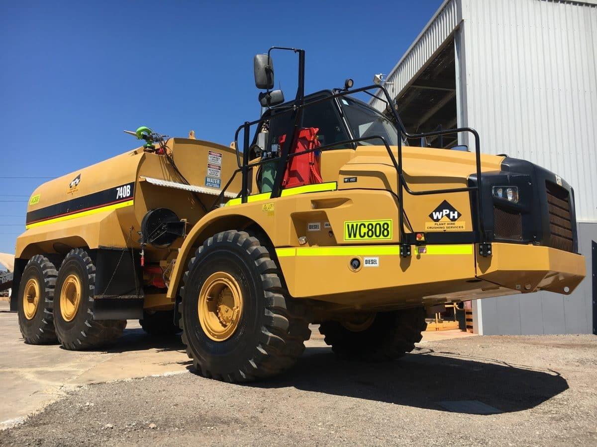 Caterpillar Water Truck 740B For Hire