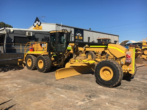 Caterpillar 16m Grader - For Hire